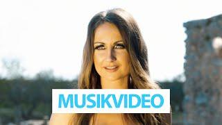 Eva Luginger - Eigentlich bist Du nicht mein Typ (Offizielles Video)