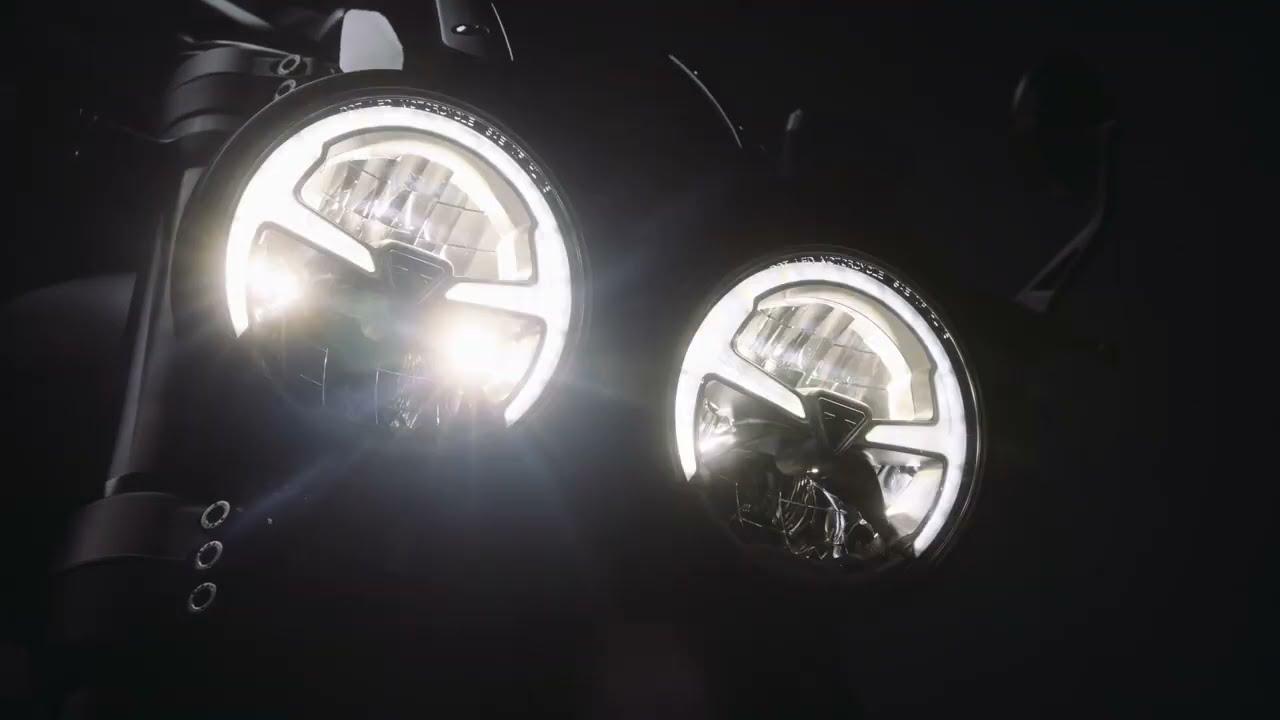 #Rocket3RBlack ตัวรถสีดำสุดดุดัน! พร้อมขุมพลังที่ยิ่งใหญ่ที่สุดถึง 2500cc