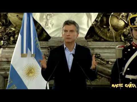 Macri cantando Atrapalos Ya! Pokémon ft. M. E.  Vidal