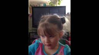 3-year-old singing Jason aldean big green tractor. Country gal