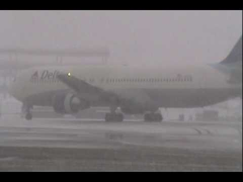 Airlines de-icing outbound aircraft at Hartsfield-Jackson Atlanta International Airport