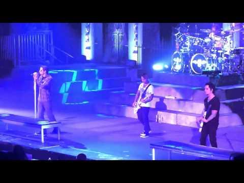 Avenged Sevenfold - Save Me Live - Pensacola Civic Center