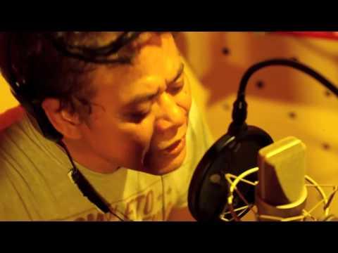 Free Download Tony Q Rastafara - Ironi Negeri Surga Mp3 dan Mp4