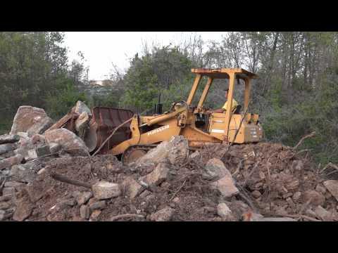 Fiat Allis FL10C Crawler Loader Pushing Concrete Pile (HD)