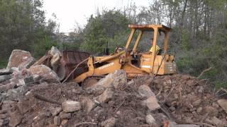 Fiat Allis FL10C Crawler Loader Pushing Concrete Pile (HD)