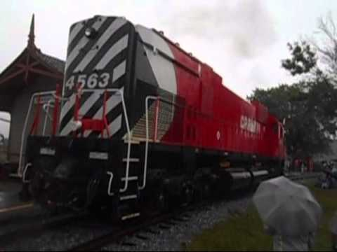 Parade de locomotives Exporail