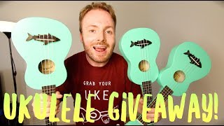 UKULELE UNBOXING AND GIVEAWAY!