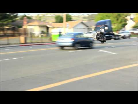 RoadGlide Wheelie
