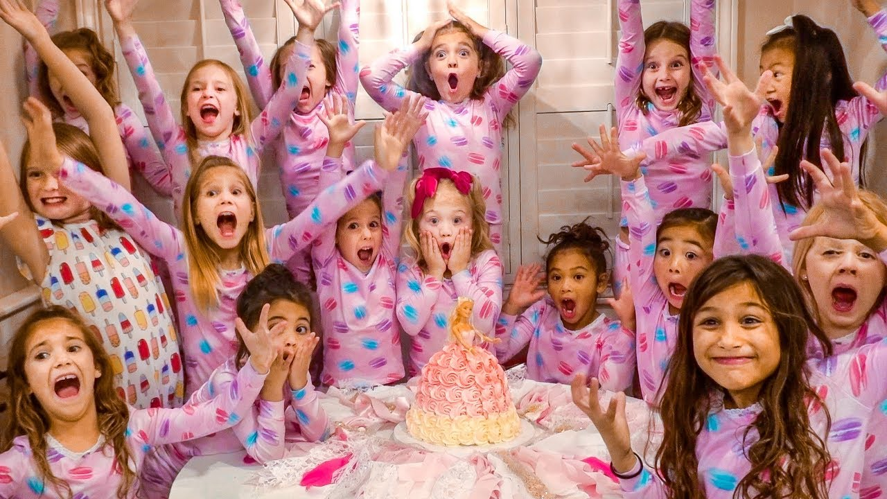 everleigh s giant birthday party sleepover with 15 girls youtube