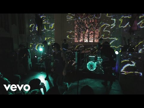 Bring Me The Horizon - Shadow Moses (VEVO UK GO Show)