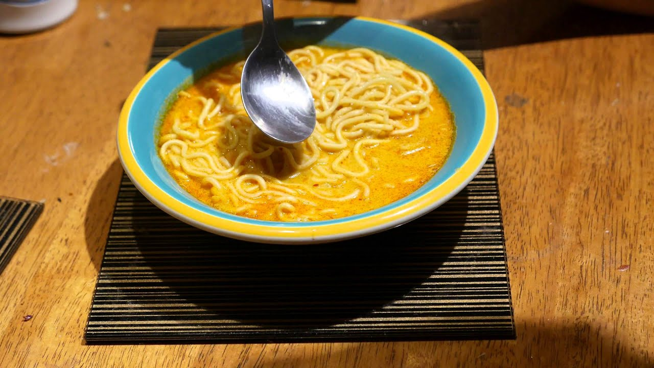 Singapore Curry La Mian Noodle In Aromatic Curry Soup Youtube