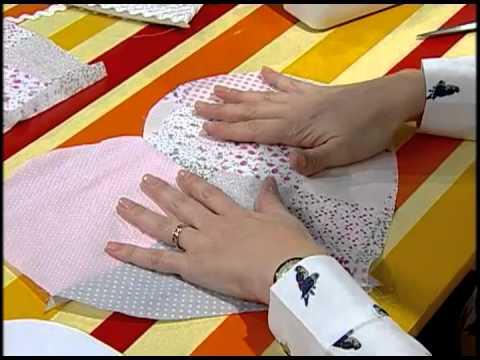 Como hacer un almohad n de coraz n youtube - Como confeccionar cojines para sofas ...