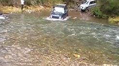 MJOC. JEEP JK KJ TJ- Crossing the Thomson River at Coopers Creek.