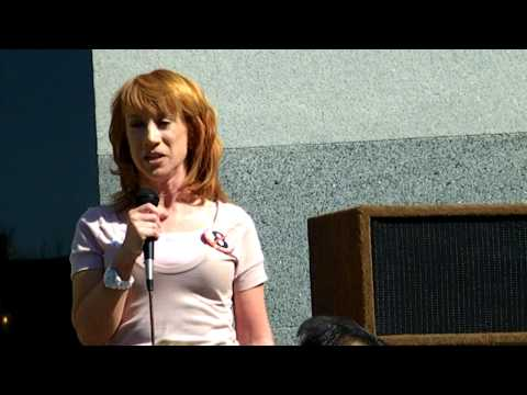 KATHY GRIFFIN and MOM lead gay-marriage march in L Aиз YouTube · Длительность: 1 мин17 с