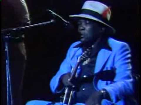 John Lee Hooker - It Serves me right to suffer
