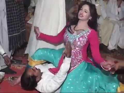 DESI PAKISTANI DANCE MUJRA 2016 too sexy