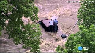 Texas teen stranded on truck tweets before flood rescue