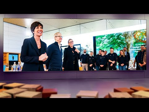 Why Angela Ahrendts Left Apple