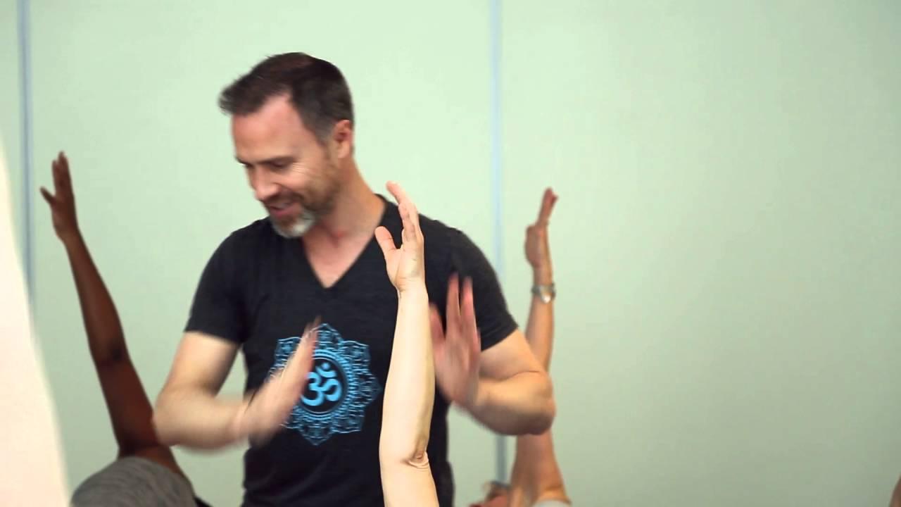 paul dallaghan at ashtanga yoga paris youtube. Black Bedroom Furniture Sets. Home Design Ideas