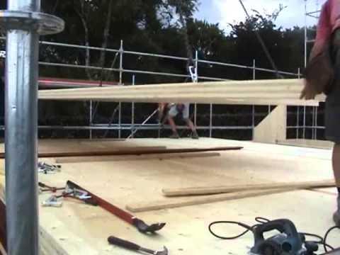 Alphalogisbois construction d'une maison passive en panneaux de bois massif contrecollés