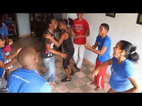 Salsa dancing in Trinidad de Cuba
