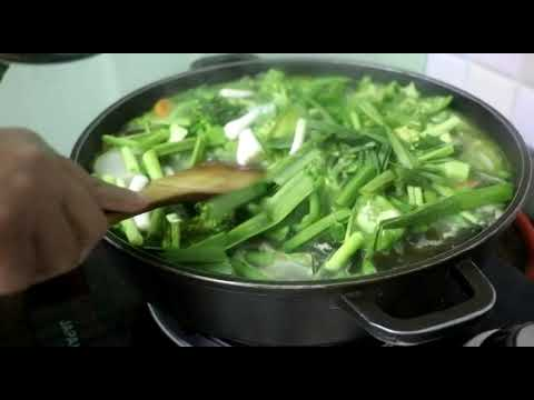 Boil mix chicken and vegetables soup//healthy chicken and vegetable soup//tasty chicken soup