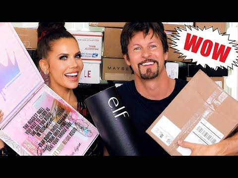 FREE STUFF | Unboxing PR Packages ft. JAMES ... Episode 21