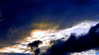 Тучи Затягивают Небо в Ускоренной Съемке. Небо Перед Грозой. Темные Тучи. Футажи для видеомонтажа