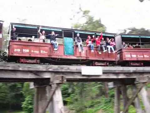 Mimi, Smith, Rita, Justin, Miss Chen, Frances on Puffing Billy Train