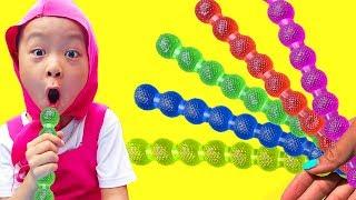 赤ちゃん童謡は子供のための色とフルーツゼリーを学ぶ - SHASHA BERNIUKAS Pretend Play with Fruit Jelly