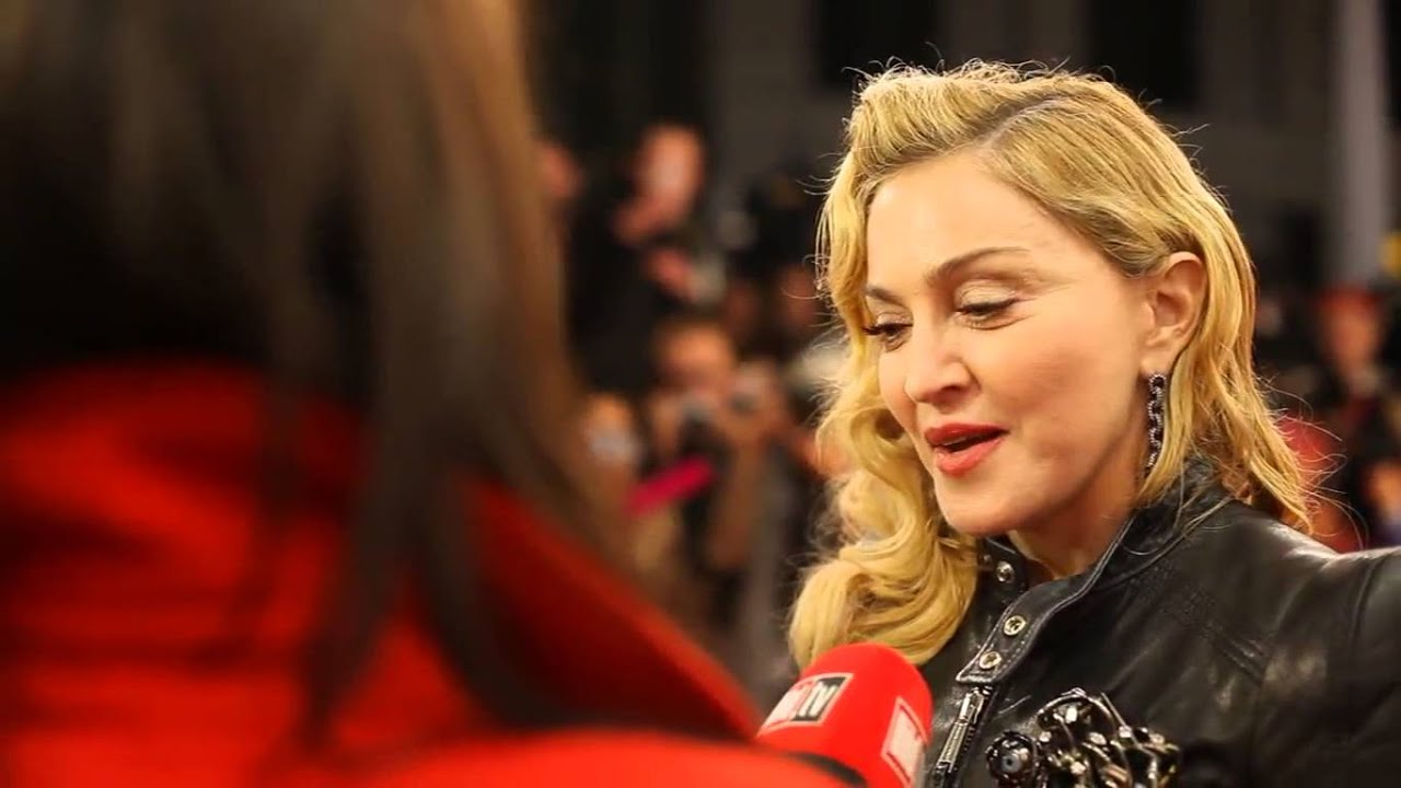 madonna on the red carpet the hard candy fitness launch in berlin 10 17 2013 youtube. Black Bedroom Furniture Sets. Home Design Ideas
