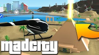 PYRAMID OPENS! 😱👾 Roblox Mad City
