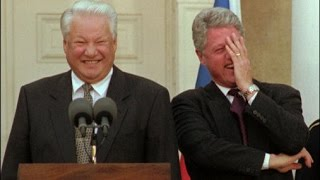 Bill Clinton Boris Jelzin Lachanfall Lachflash Lachkrampf - YouTube