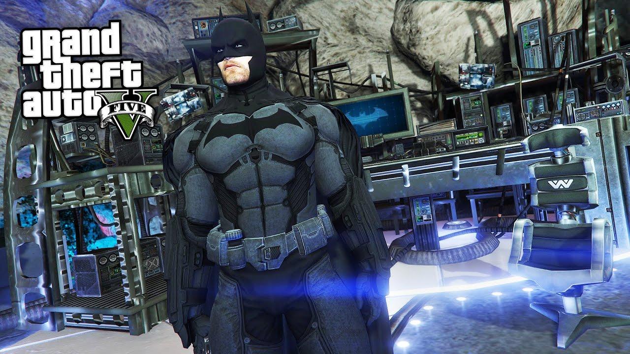 REALISTIC BATMAN'S BATCAVE!! (GTA 5 Mods)