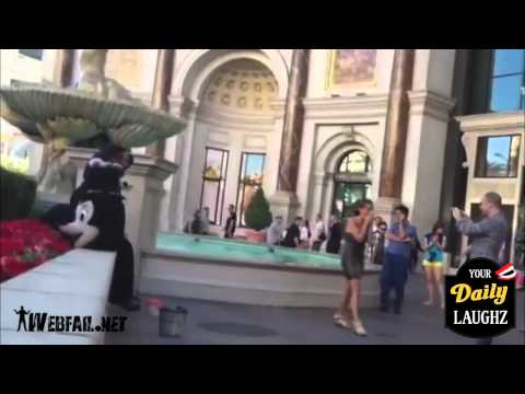 女性の珍&ハプニング映像集(2012年Vo.2) | ViraTube