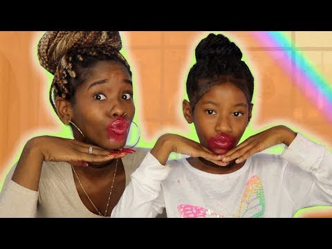 100 LAYERS OF LIPSTICK 😱 (MOMMY & DAUGHTER) | LACY'S FILES