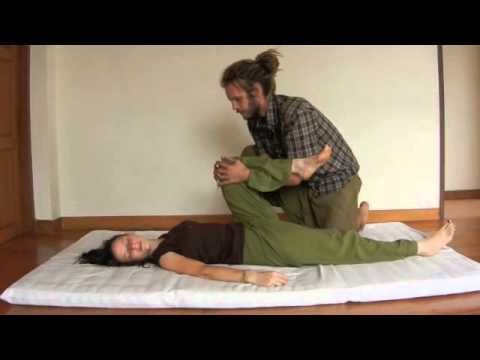 Dynamic thai yoga massage   Sunshine - YouTube 09adc7af524a2