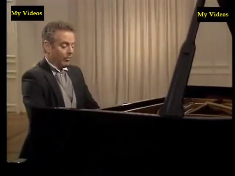 Mozart Piano Sonata No.18 in D major, K.576- Daniel barenboim