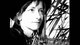 "Amy Annelle - ""Buckskin Stallion Blues"" live"