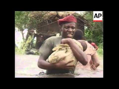 MOZAMBIQUE: RESCUES FROM ZAMBEZI FLOODS