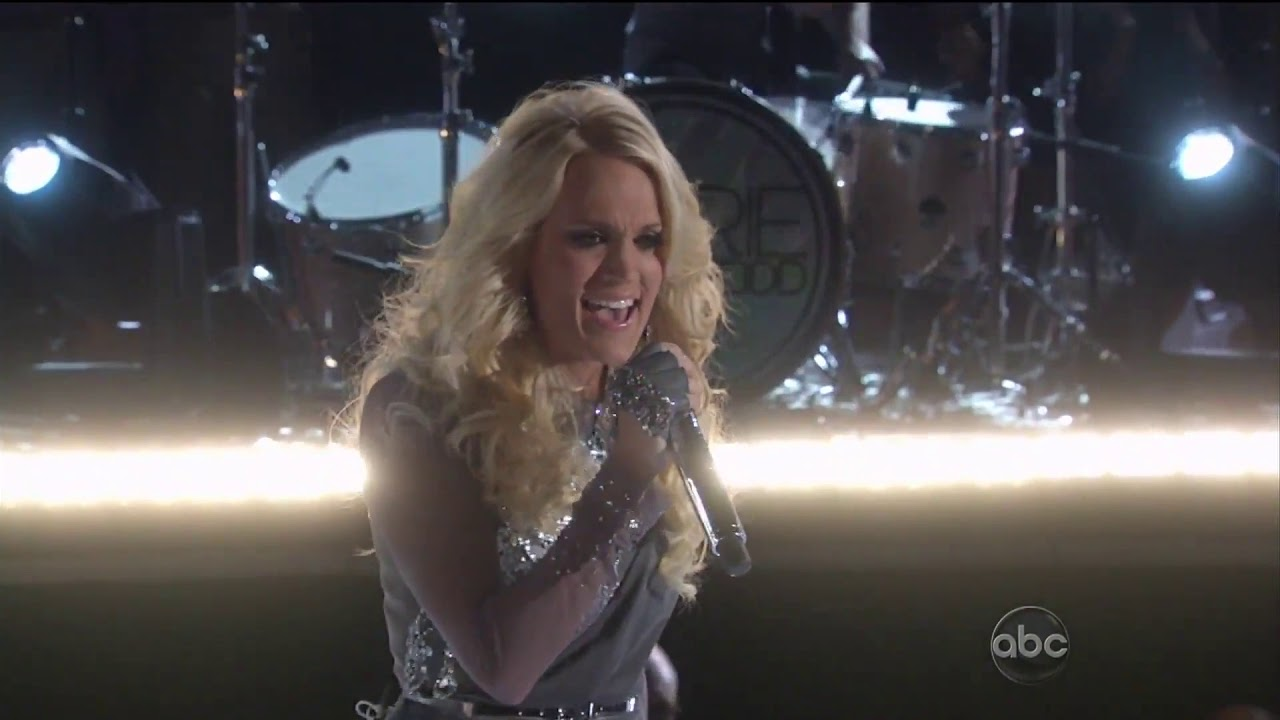Download Carrie Underwood - Blown Away (CMA Awards 2012)