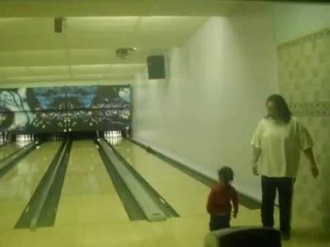 Big Pusa Bowling Bac'ward in Alaska..