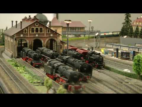 Toy Trains in N Scale – Model Railway Layout from the 1990's – Germany