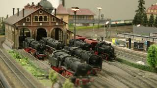 Toy Trains in N Scale - Model Railway Layout from the 1990's - Germany