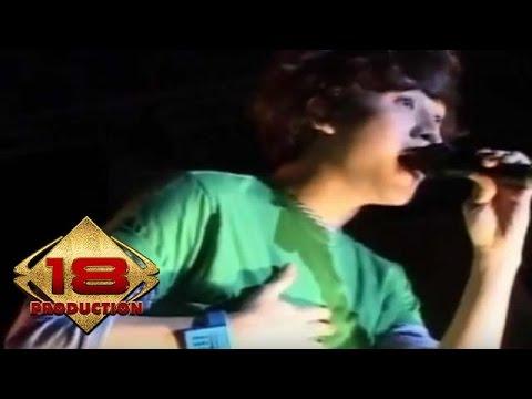 SMASH - Aku Cinta Kau Dan Dia (Live Konser Medan 08 Mei 2010)