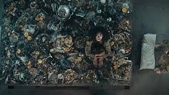 全面解读爆火的西班牙电影《饥饿站台》333层监狱的人性百态,看完你才