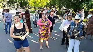 Танцы на Приморском бульваре - Севастополь - 23.05.19 - Последний Звонок - Певец Сергей Соков