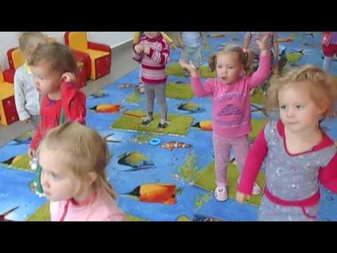 MOV0A6 мы маленькие дети нам хочется гулять.