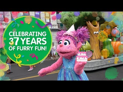 Sesame Place Birthday Parade 2017 (COMPLETE)