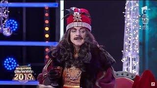 Recunosti vedeta din spatele mastii Vlad Tepes